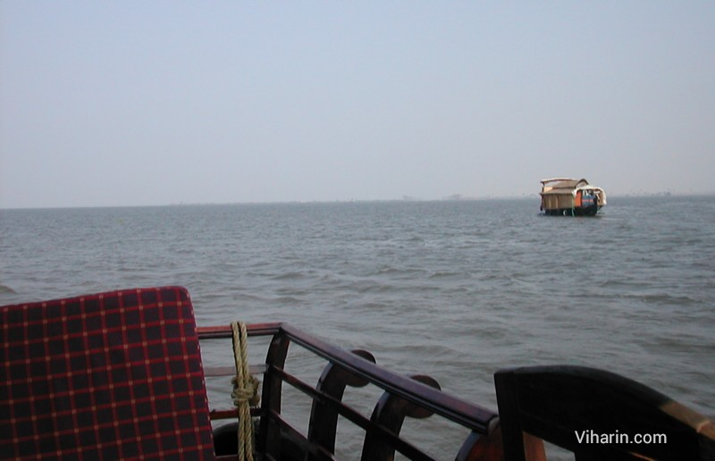 Viharin.com-scenery as seen from open Drawing room of our houseboat