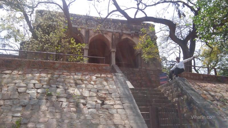 Viharin.com- Hunting lodge of Firoz Shah Tughluk