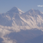 Viharin.com- Lhotse , peak on right