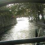 Viharin.com-Snake boat heading to Cocobay resort in Kumarakom