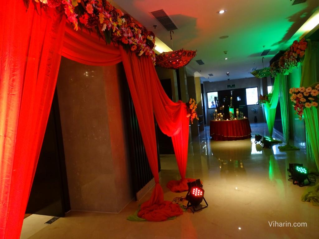 Courtyard by marriott gurgaons first wedding bazaar viharin showcase of wedding decoration with coloured lights junglespirit Gallery
