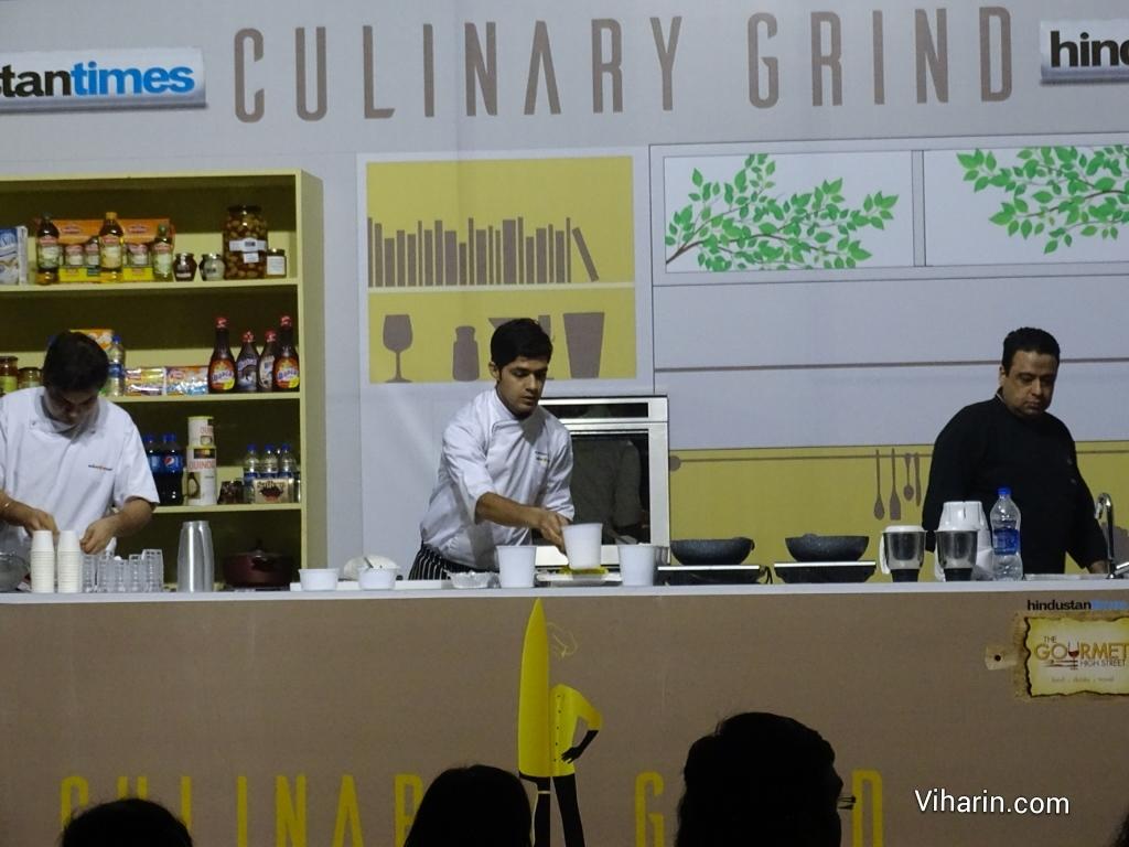 Viharin.com-Manish Mehrotra taking Master Class of Vegetable Cappuccino