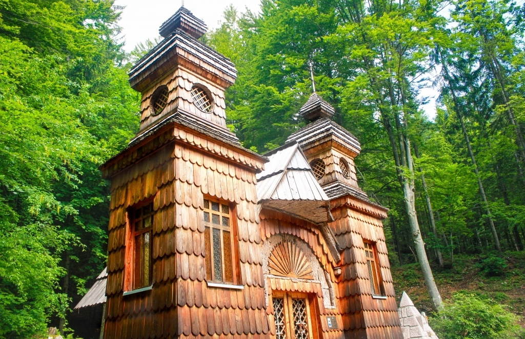 History and Culture - Russian Chapel at Pass