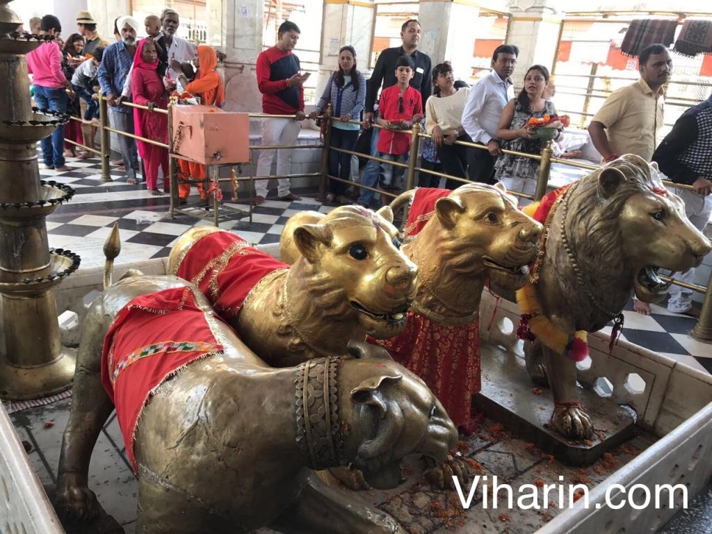 Pilgrims in temples during Navratri