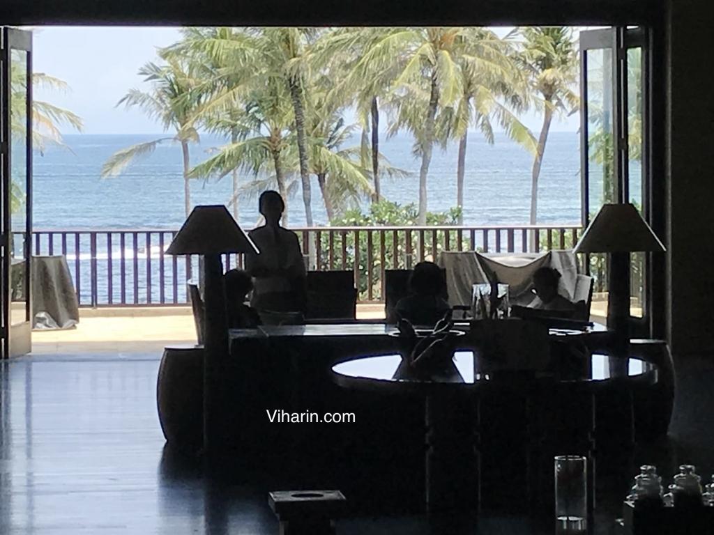 Viharin.com- Ocean view from lobby