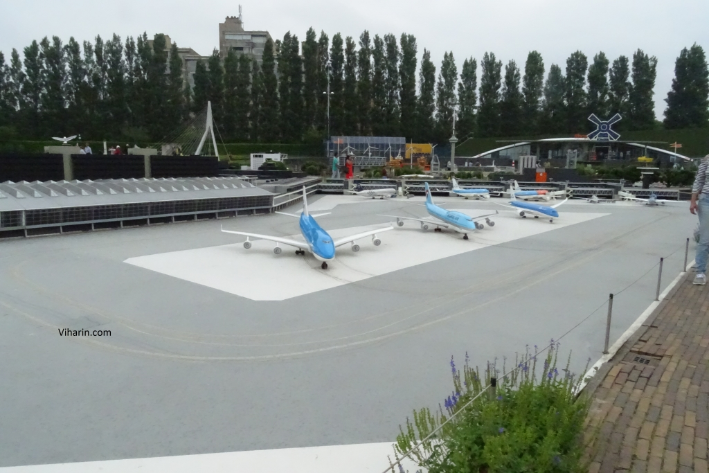 Airport Schiphol model