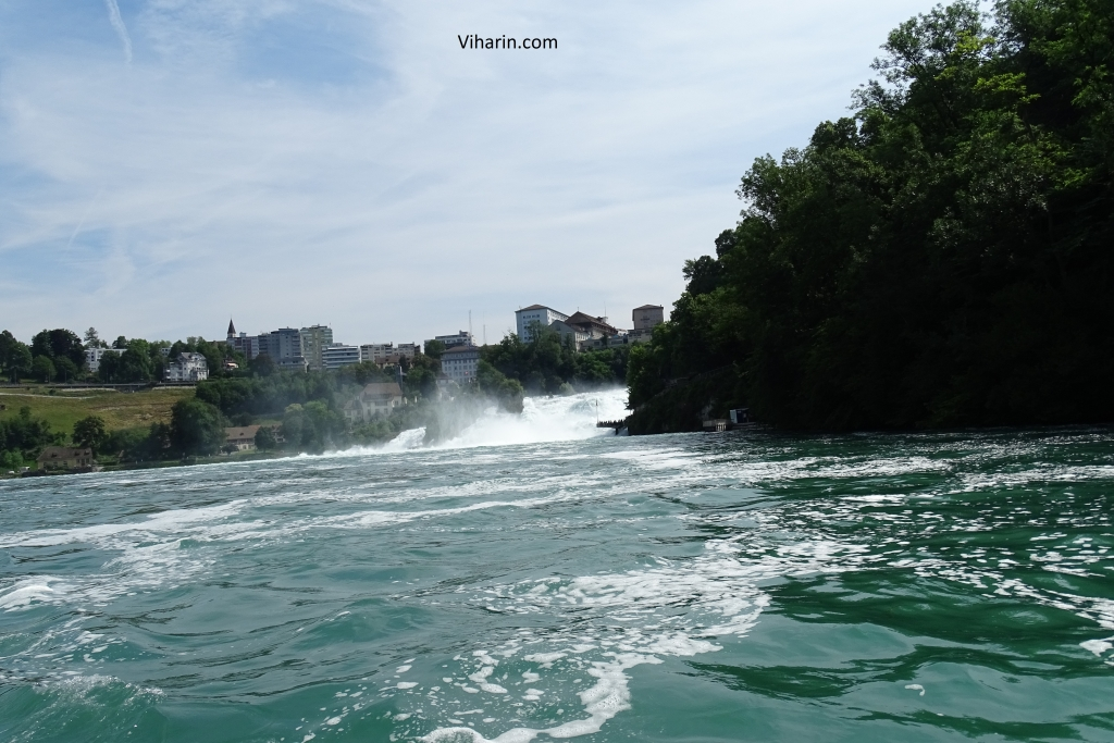Beautiful waters of Rhine Falls