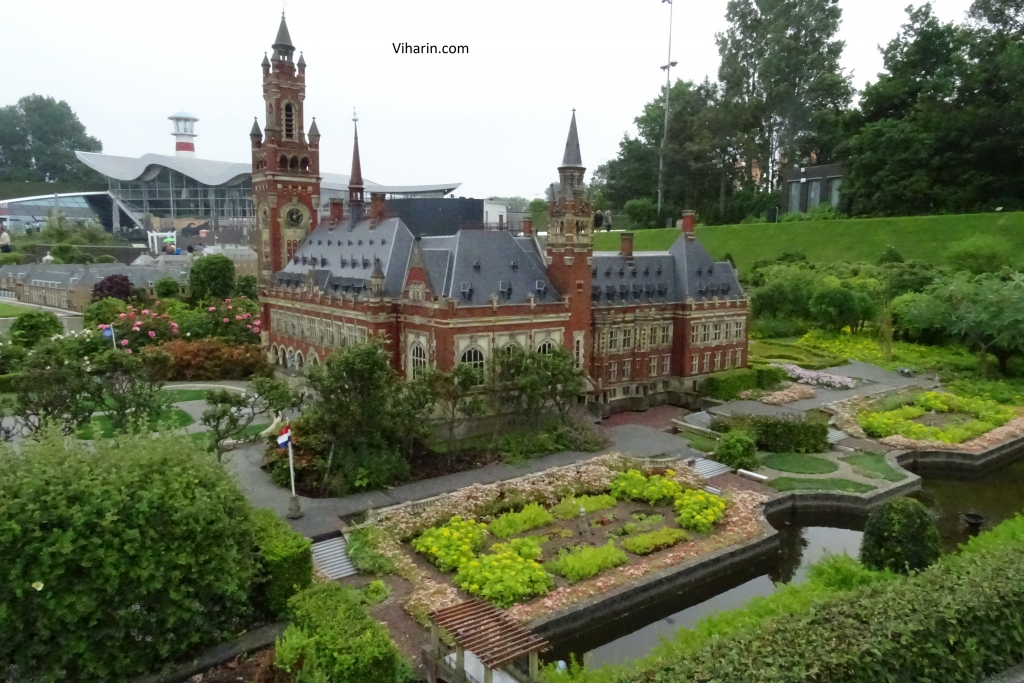 Beautiful structures at Madurodam