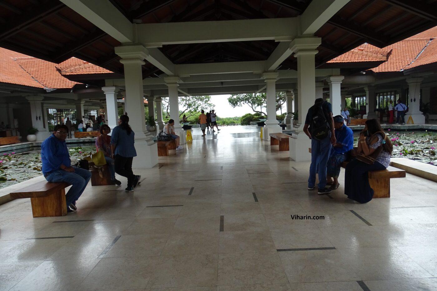 Lobby-at-Grand-Hyatt-Bali