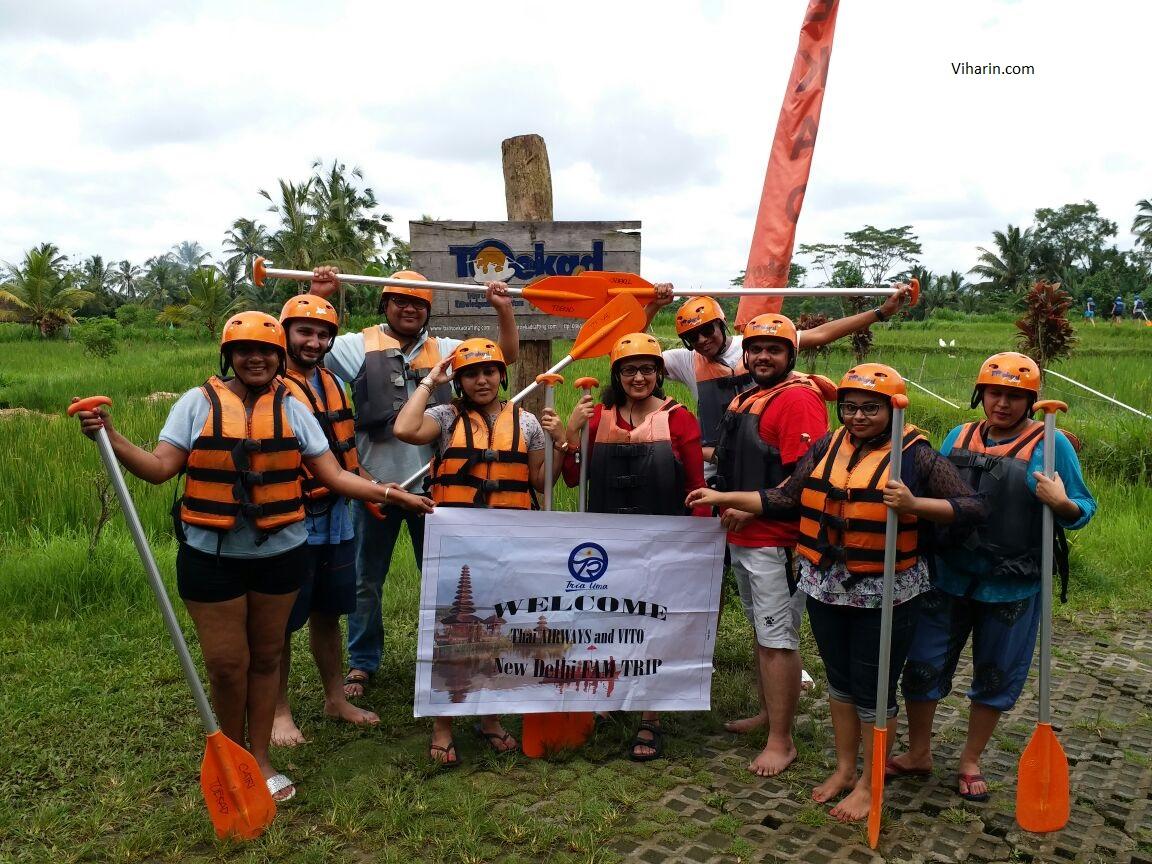 River-Raftng-team-at-Toekad-Rafting